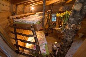 Cabane dans les arbres vosges nuit insolite au coeur des - Nuits insolites cabane en bois montagne ...